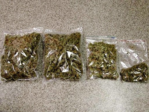Zajištěné sáčky s marihuanou.