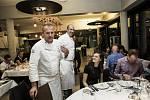 Ochutnávka menu pěti šéfkuchařů věhlasných restaurací na Park Golfu v Hradci Králové.
