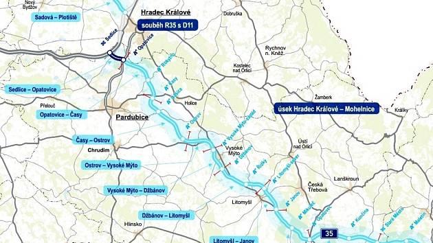 Vláda už jedná o parametrech tendru na výstavbu prvních dvou úseků dálnice D35, která odvede tranzit aspoň z obou východočeských metropolí. Vysokému Mýtu se však zatím neuleví, jeho obchvat se bude stavět až později