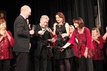 Svatocecilský koncert nechanického ženského pěveckého sboru Cantus Feminae spojený se křtem jeho nového CD v kulturním domě v Nechanicích.