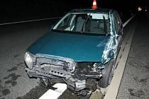 Řidič prý boural kvůli pavoukovi, byl ale opilý.