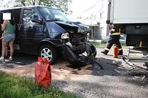 Dopravní nehoda dodávky a nákladního automobilu v Sadové.