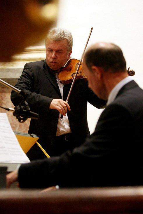 Smiřické svátky hudby s výstavou fotografiíJadrana Šetlíka.