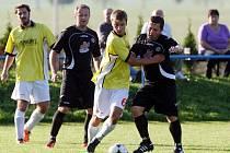 Fotbalová Albron III. třída, zápas Libřice - Kratonohy B. Ilustrační foto.