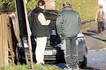 Při nehodě v Třebechovicích řidič zranil dvě školačky (12. listopadu 2010).