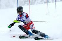 Nejrychlejší slalomář mezi mladšími žáky David Kubeš.