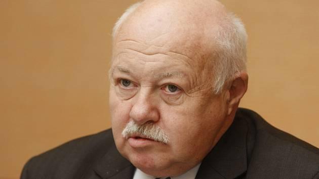 Miroslav Vávra.