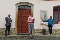 Odhalení pamětní desky se uskutečnilo ve středu odpoledne v Černilově.