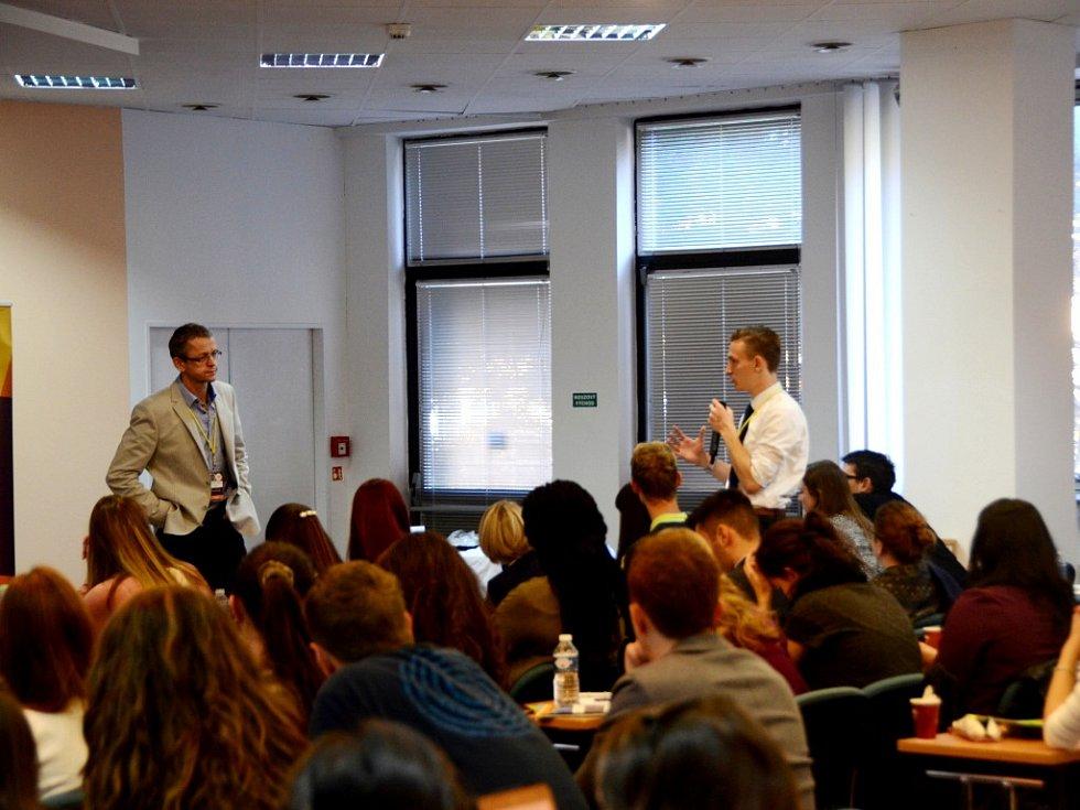 Podzimní sjezd Evropské asociace studentů farmacie v Hradci Králové.