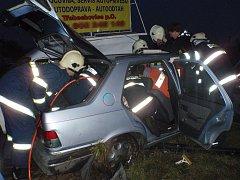 Dopravní nehoda na silnici I/11 u Třebechovic.
