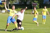 Fotbalisté Roudnice poskočili do čela tabulky krajské soutěže AM Gnol I. A třídy.