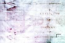 Kopie turínského plátna z broumovského kláštra zachycuje otisk lidské postavy. Uprostřed je nápis EXTRACTVM AB ORIGINALI (vytaženo z originálu).