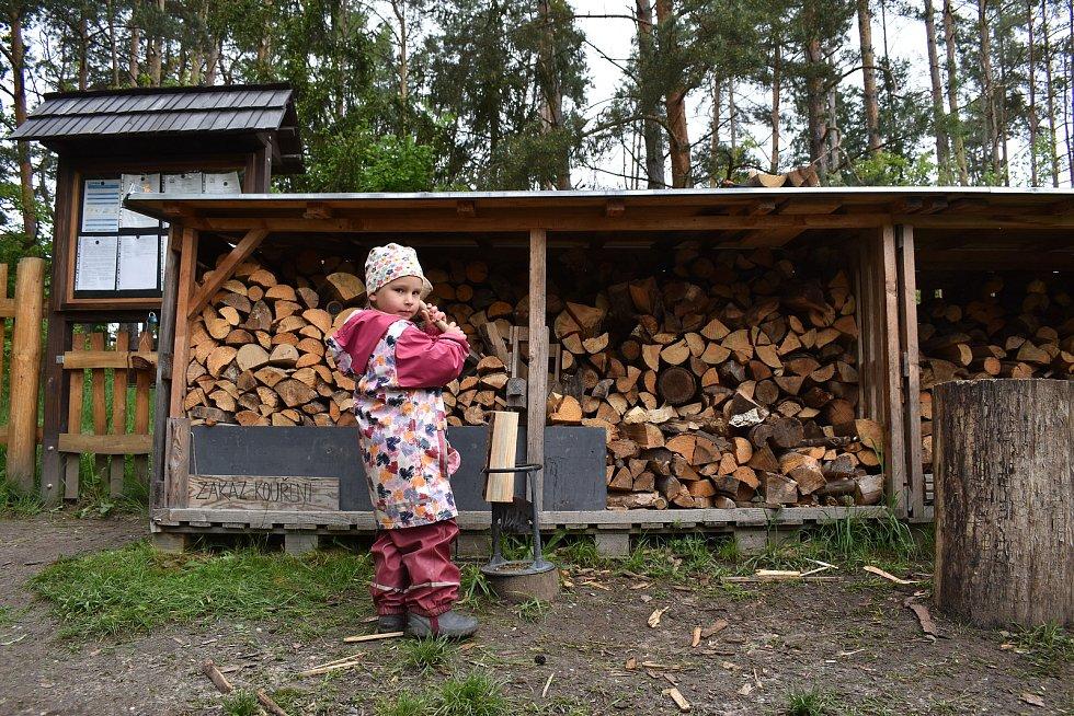 Lesní mateřská škola Na Větvi.