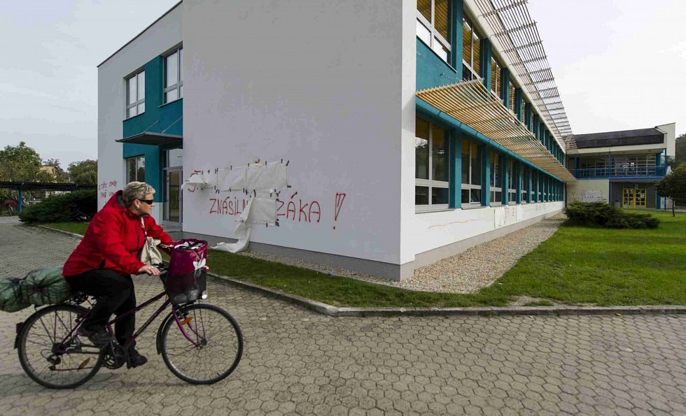 Výsledek řádění neznámého vandala v Třebechovicích pod Orebem.