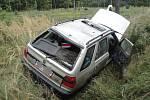 Havárie osobního vozidla Škoda Felicia na silnici mezi Krňovicemi a Bělečkem.