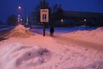 Hradec Králové pod sněhem, úterý 12. ledna 2010.