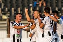 Fotbal fotbalová národní liga FC Votroci Hradec Králové  vs. FC Vysočina Jihlava