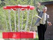 Letní turistická sezona na hradeckém Stříbrném rybníku nabízí návštěvníkům řadu aktivit.