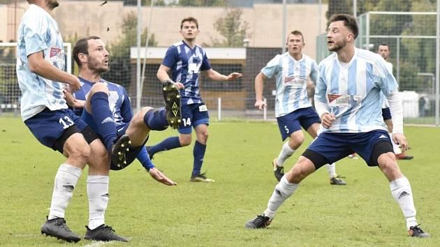 Fotbalisté Dvora Králové v sobotu hrají ve Vysokém Mýtě.
