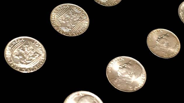 Sto dvacet let si letos připomínáme od zavedení korunové měny v tehdejším Rakousku-Uhersku. Tímto tématem se zabývá výstava s názvem Korunová měna na našem území.