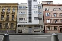 Lékařský dům - č.p. 846 na Gočárově třídě v Hradci Králové.