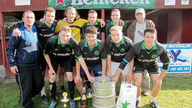 FC Sylvárov - tento tým ze Dvora Králové se stal posledním vítězem Sup Cupu v závěru června 2015.