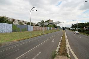 Kvůli stavbě protihlukové stěny se připravte na dopravní omezení