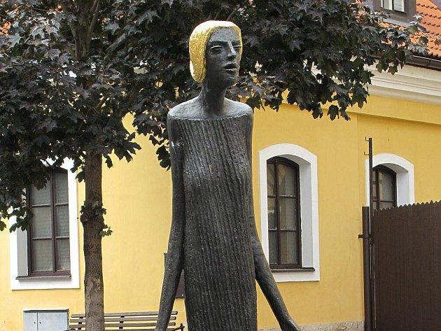 Socha Eva od Olbrama Zoubka.