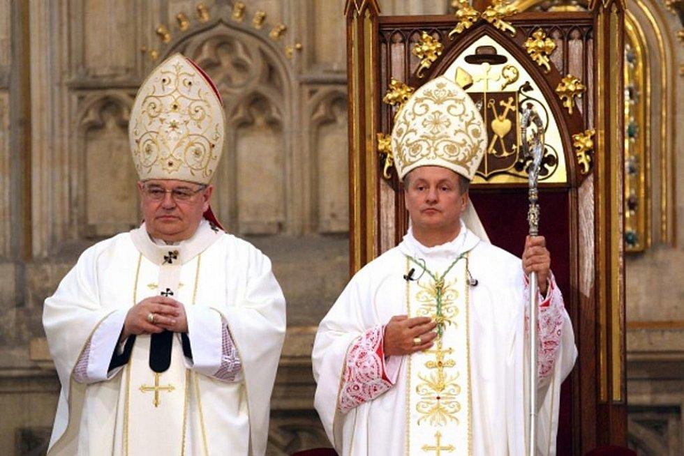 Slavnostní uvedení Mons. Jana Vokála do úřadu diecézního biskupa.