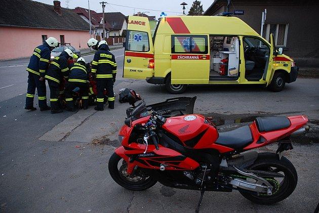 Dopravní nehoda v Hradci Králové ve středu 25. března 2009.