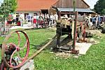 Podorlický skanzen Krňovice nedaleko Třebechovic pod Orebem začal vznikat v roce 2002. Dnes je v areálu k vidění jedenáct historických budov.
