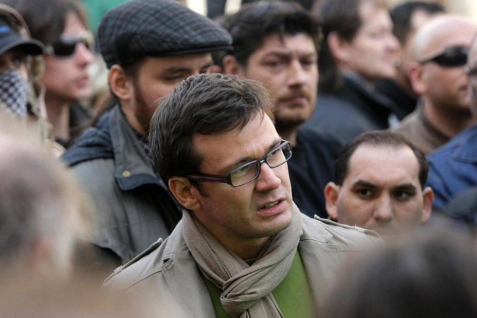 Mezi demonstranty byl také předseda Strany zelených Ondřej Liška
