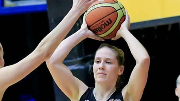 Tereza Kuthanová.