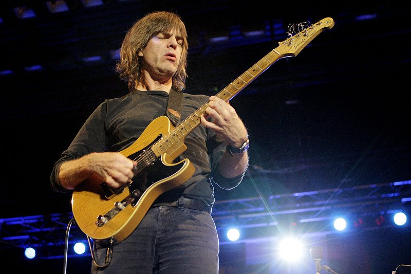 Jazz goes to town v Hradci Králové. Mike Stern band with special guest Randy Brecker feat. Dave Weckl & C.M. Doky - USA.