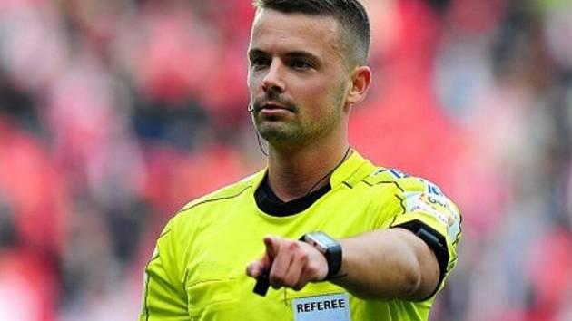 Fotbalový rozhodčí Pavel Orel.