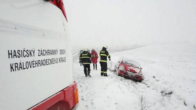 Dopravní nehoda u Vysoké nad Labem.