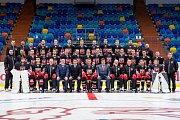Fotografování hokejového týmu Mountfield HK.