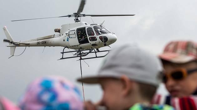 Helicopter show v Hradci Králové.