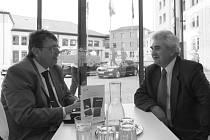 Zleva hejtman Lubomír Franc a předseda Senátu Milan Štěch.