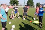 """Projekt Gambrinusu """"Kopeme za fotbal"""" v Nedělištích."""