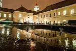 Česko zpívá koledy - Pivovarské náměstí v Hradci Králové.