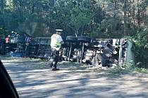 Havárie kamionu u Býště.
