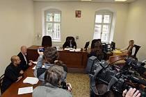 Právníci se žalobou, která měla prokázat neplatnost koncesní smlouvy mezi společností ISP a radnicí, neuspěli. Petr Moník (vlevo) a Kamil Podroužek se s Atolem, nyní ISP, soudili od jara.