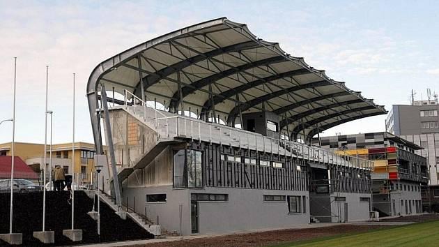Areál na Bavlně. V tomto tréninkovém centru FC Hradec Králové dezinfekce šaten proběhla.