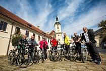 Poslanci se s Deníkem vydali na cyklo diskusi (2017)