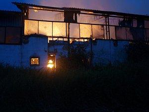Rozsáhlý požár na Jičínsku dílem žháře