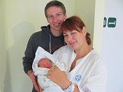 TADEÁŠ PÍŽL: Rodiče rodiče Tereza Štěpánová a Mates Pížl z Lípy nad Orlicí se radují ze syna. Světlo světa poprvé spatřil  16.10. v  19.49 hodin. Po narození vážil 3,42  kg a měřil 52 cm.