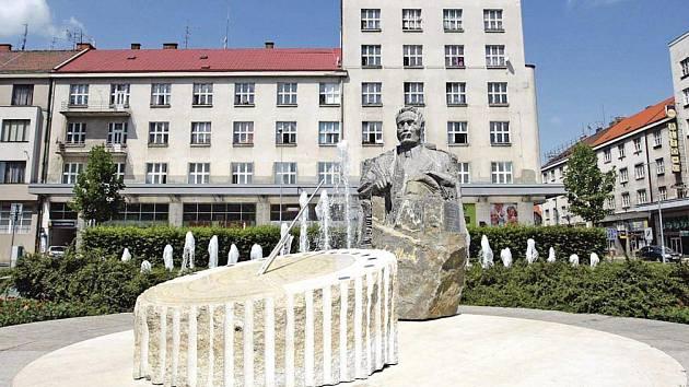 Pomník Františka Ulricha by na Ulrichově náměstí mohl vypadat třeba takto.