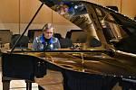 Hradecká filharmonie dostane nový klavír.