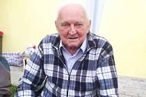 Jiří Budinský z Libřic nedávno oslavil 80. narozeniny.